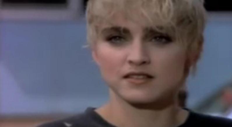 Madonna - Papa Don't Preach © Capture Youtube