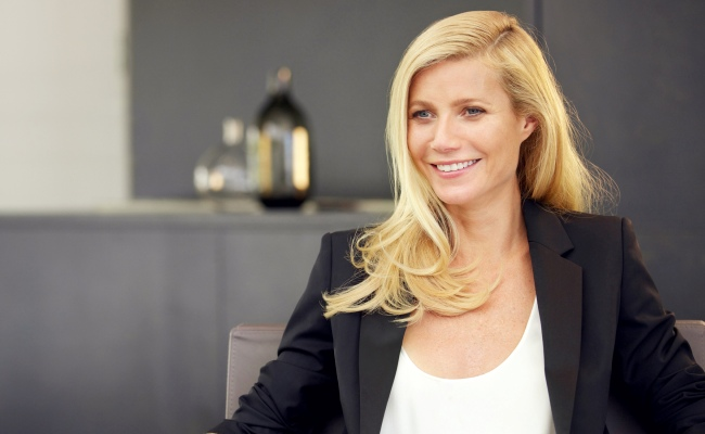 Gwyneth Paltrow : poids, taille, mensurations, vie privée, carrière